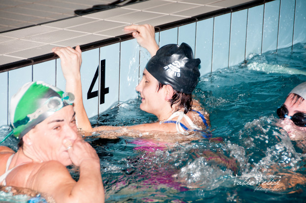 Staffetta di nuoto solidale della Monlus