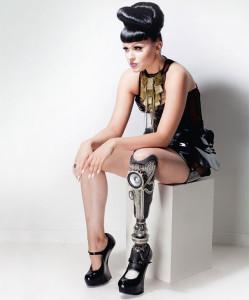 gamba-protesi-prototype-viktoria-modesta-3
