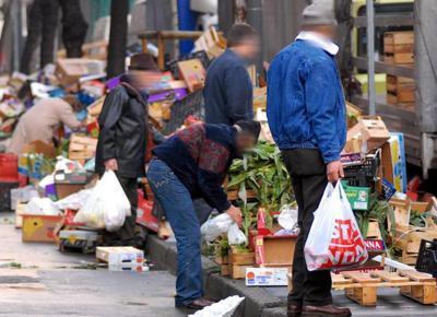 Famiglie greche in difficoltà