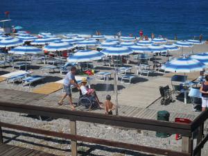 L'accesso alla spiaggia di Open Sea