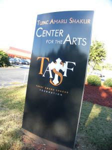 """Il manifesto della """"Shakur Foundation"""""""