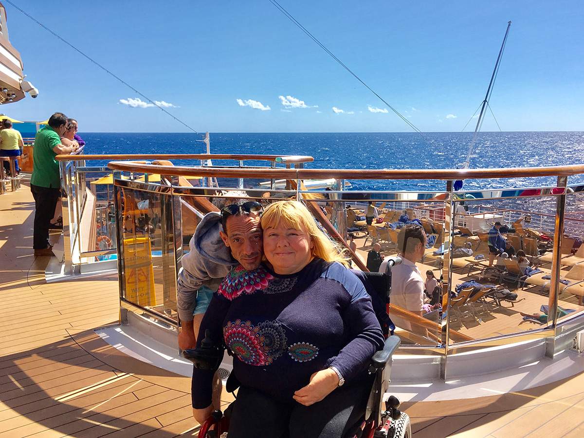 Cristiana e Massimiliano a bordo della Costa Diadema