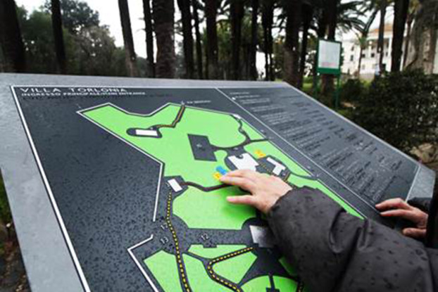 La mappa tattile di Villa Torlonia