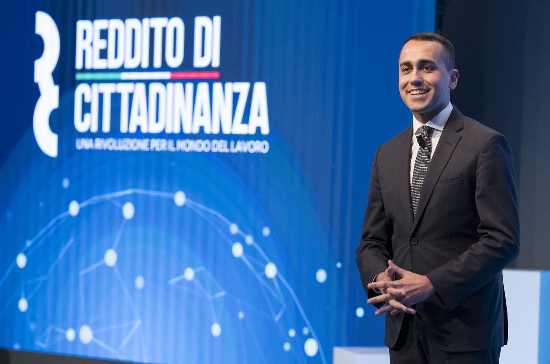 Il vicepremier Luigi Di Maio durante la presentazione del Reddito di Cittadinanza fonte: Presidenza del Consiglio dei Ministri)