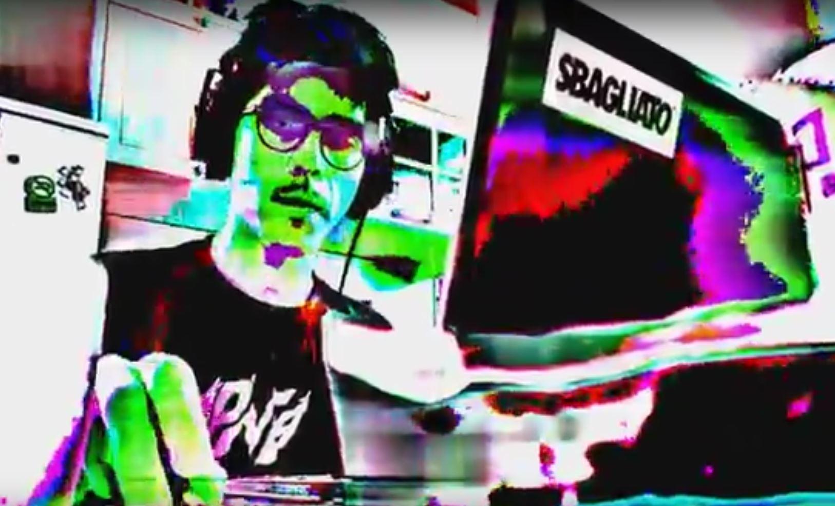 ReQQia in un fotogramma di un suo videoclip