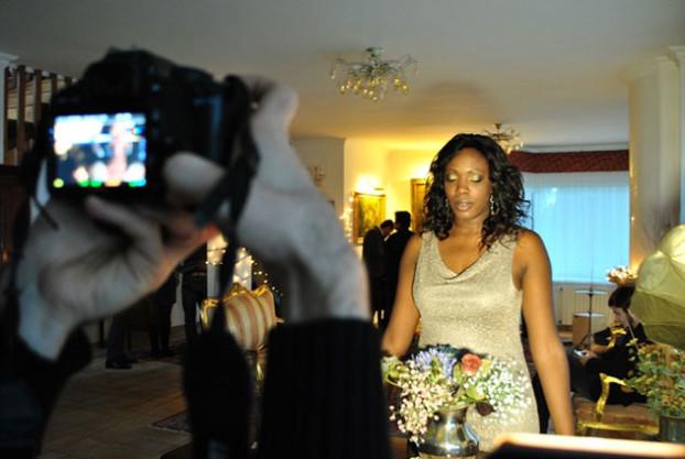 MariTè durante le riprese del suo video