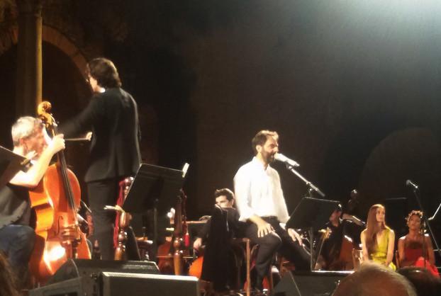 Neri Marcorè si esibisce a Taormina