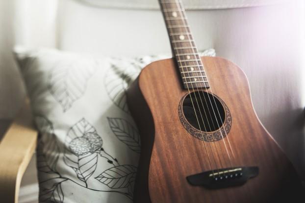 Una chitarra, molto più che un passatempo