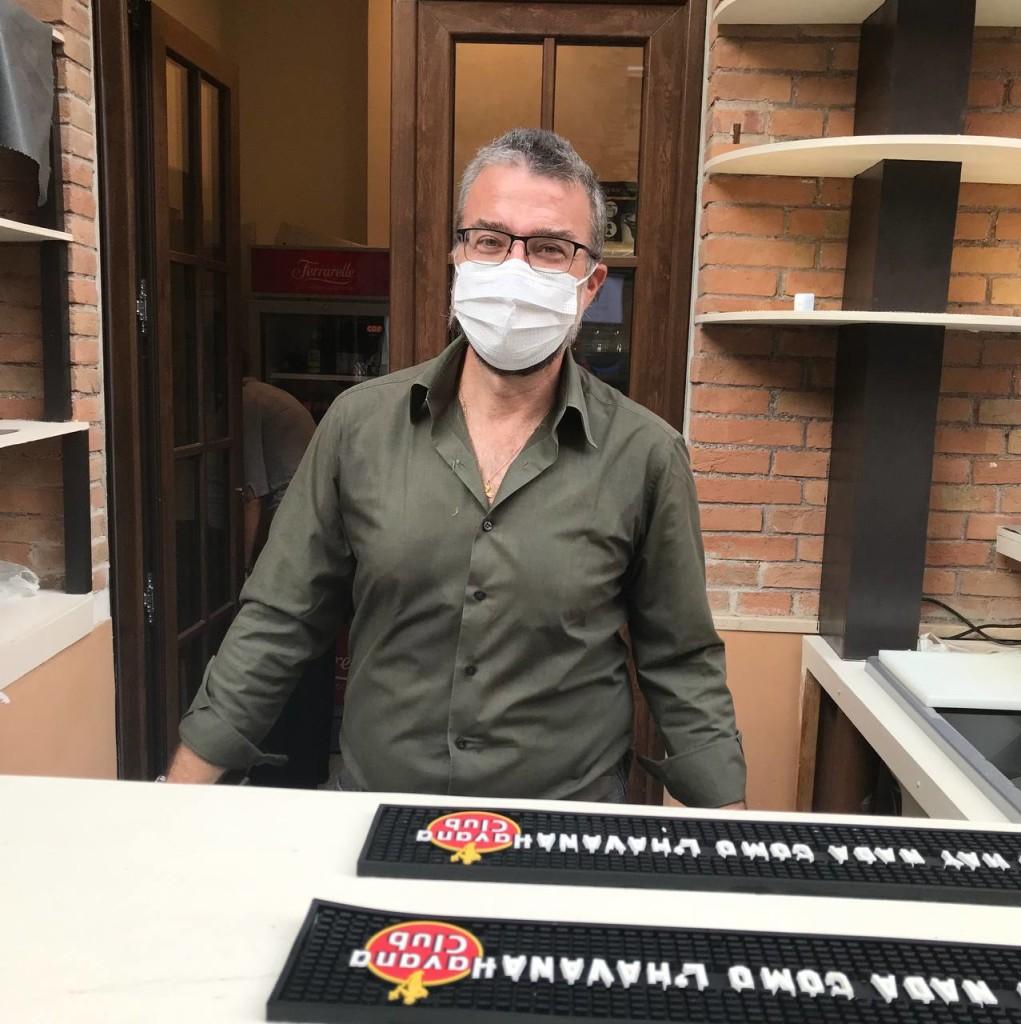 Ringraziamo Francesco Gervasi, un caro vecchio amico di Antonio Pelosi, per averci parlato dell'albergo e per averci spiegato i dettagli del suo funzionamento